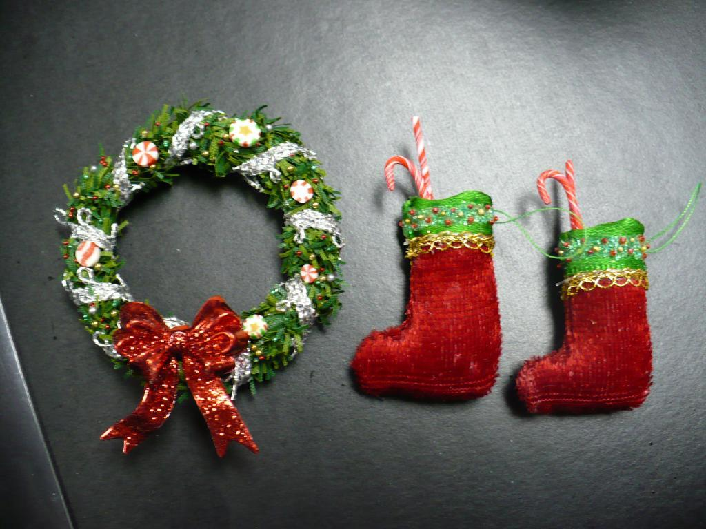 Stockings and weath I made..