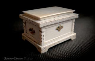 1/12th Ivory Casket