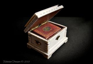 1/12TH Ivory Casket.
