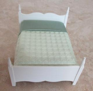 Cassidy Creations cottage bed (bashed)