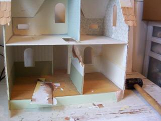 Arthur Dollhouse Renovation to become Store