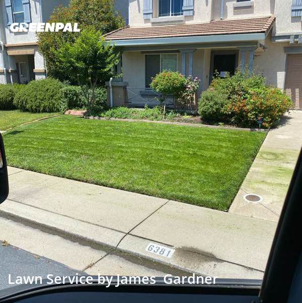 Lawn Mowingin Rocklin,95765,Lawn Maintenance by James Lawn Care, work completed in Aug , 2020