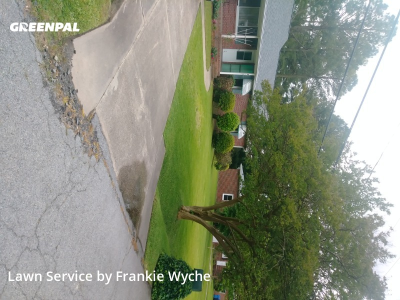 Lawn Mowingin Chesapeake,23320,Lawn Mowing by Handy Hands, work completed in Sep , 2020