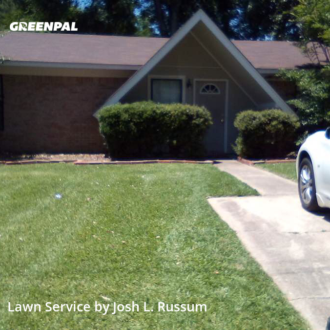 Lawn Mowing Servicein Pearl,39208,Lawn Care by Russum Grounds Svc, work completed in Aug , 2020