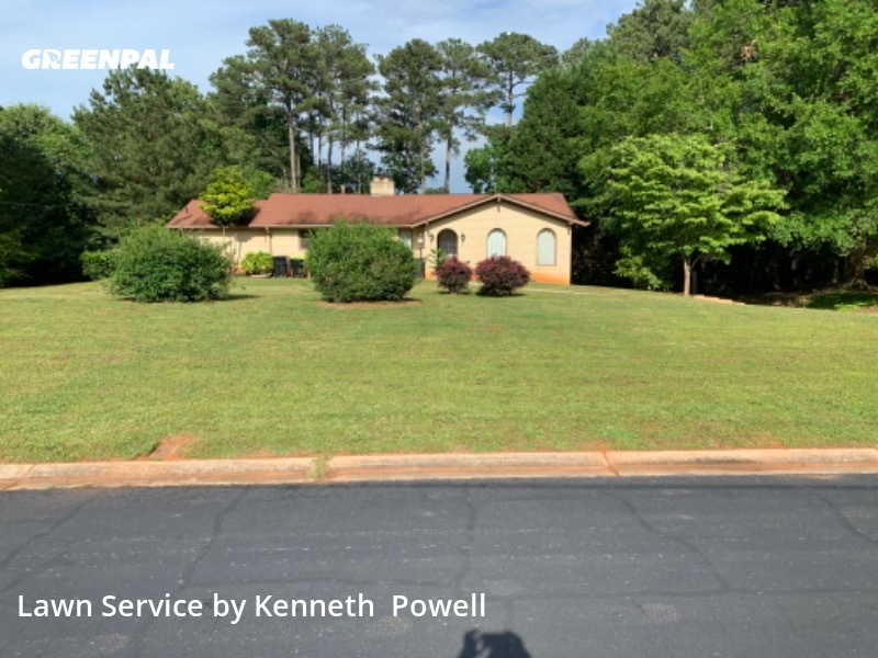 Lawn Maintenancein Fayetteville,30214,Lawn Mow by Powell's Lawncare , work completed in Jul , 2020
