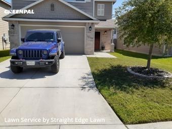 Yard Mowingin San Antonio,78253,Lawn Cut by Straight Edge Lawn , work completed in Mar , 2020