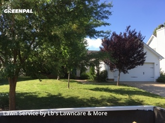 Grass Cutin Murfreesboro,37128,Lawn Mowing Service by Lb's Lawncare & More, work completed in Sep , 2020