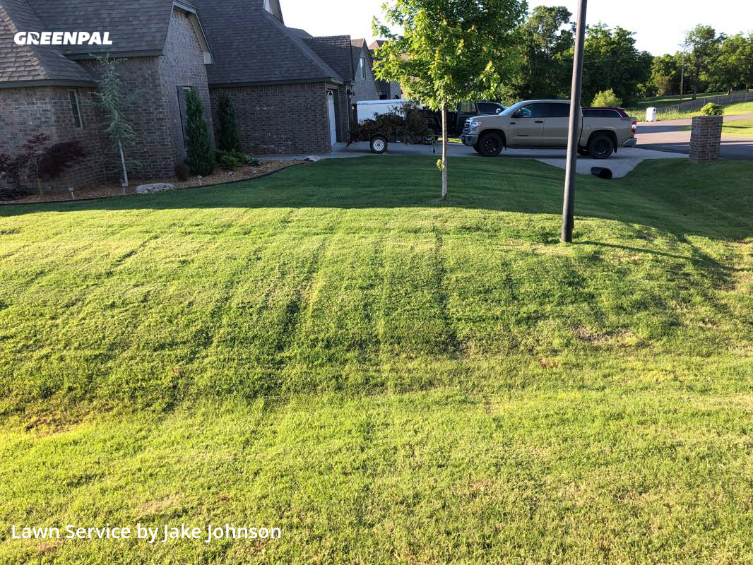 Lawn Mowing Servicein Broken Arrow,74014,Lawn Cut by Mustang Mowing, work completed in Aug , 2020