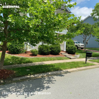 Lawn Servicein Huntersville,28078,Lawn Mow by Lb Handy Enterprises, work completed in Sep , 2020