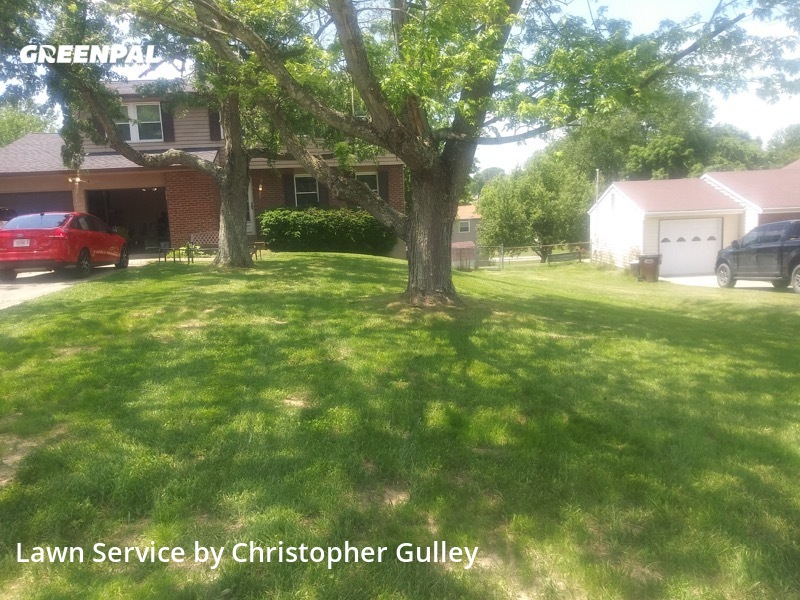 Lawn Cutin Burlington,41005,Lawn Maintenance by Loyaltee Lawn Care , work completed in Aug , 2020