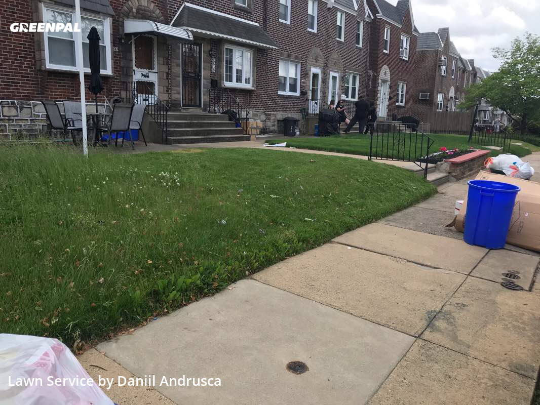 Lawn Cuttingin Philadelphia,19135,Grass Cutting by Grand Trims, work completed in Aug , 2020