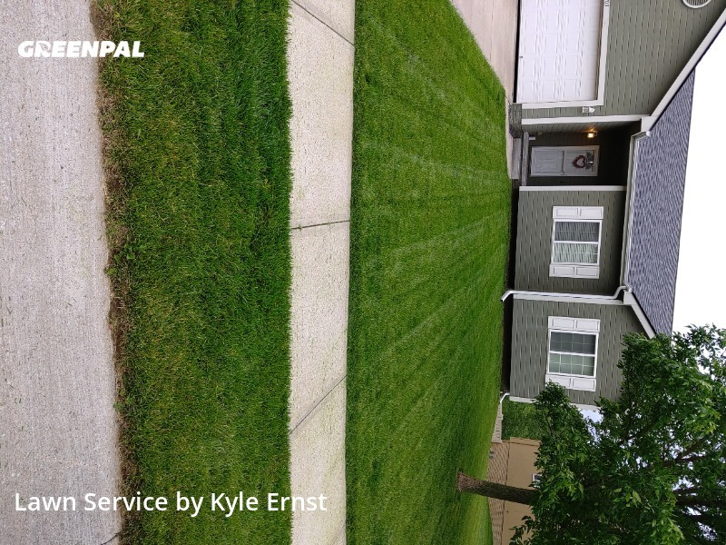 Grass Cutin Bellevue,68123,Lawn Care Service by Kyle's Lawns, work completed in Sep , 2020