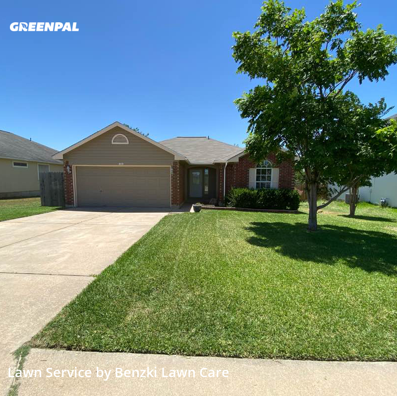 Lawn Cutin Leander,78641,Lawn Mowing Service by Benzki Lawn Care, work completed in Jul , 2020