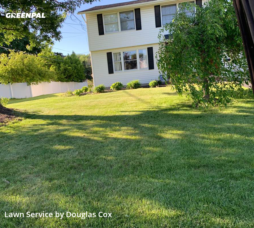 Lawn Care nearby Liverpool, NY, 13088