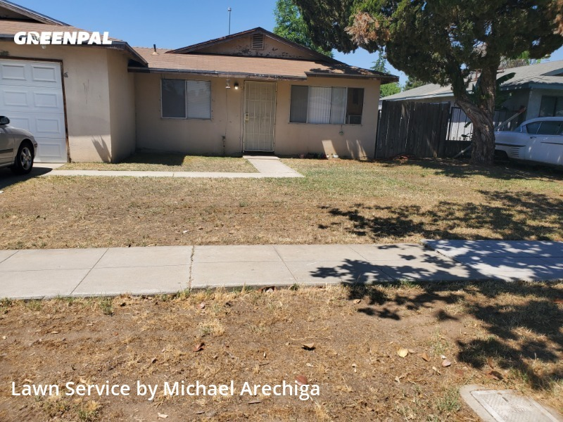 Lawn Maintenancein Fresno,93706,Lawn Cutting by Low Cost Landscaping, work completed in Sep , 2020