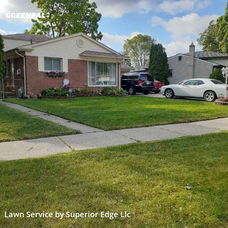 Lawn Mowing Servicein Warren,48091,Lawn Service by Superior Edge Llc, work completed in Sep , 2020