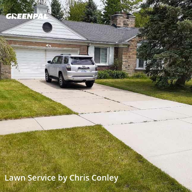 Lawn Cuttingin Southfield,48075,Lawn Mowing Service by Marie Maintenance, work completed in Aug , 2020