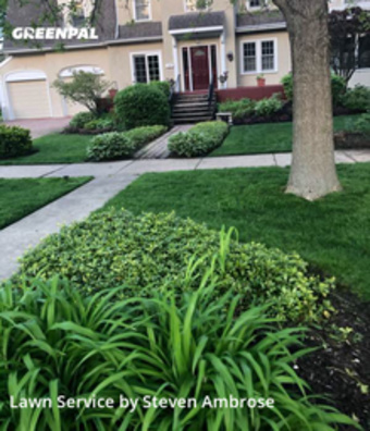 Lawn Care Servicein Evanston,60201,Lawn Mowing by 4brothers, work completed in Sep , 2020