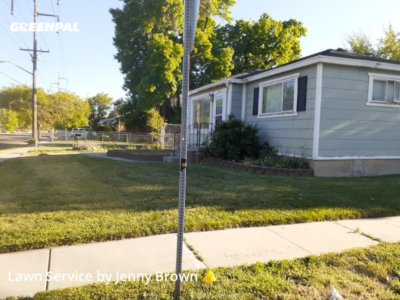 Lawn Mowin Salt Lake City,84106,Lawn Mowing Service by Tri Star  Property  , work completed in Aug , 2020