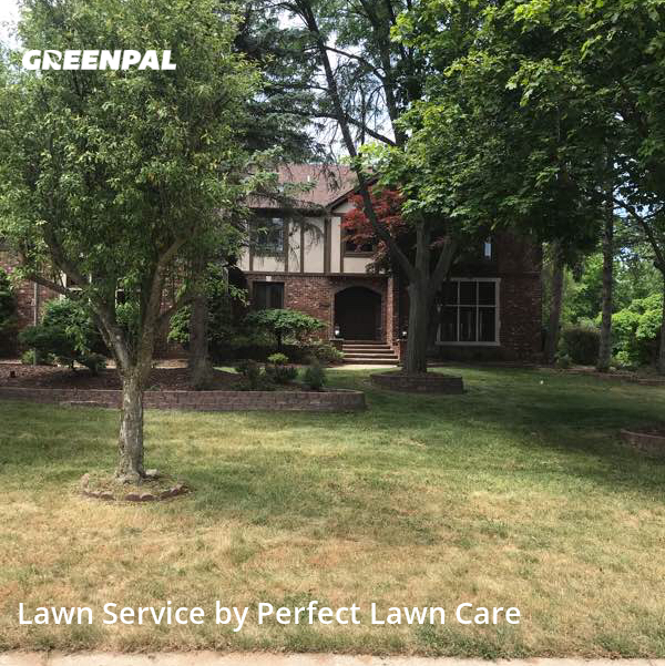Yard Cuttingin Rochester Hills,48309,Lawn Mowing by Perfect Lawn Care , work completed in Aug , 2020