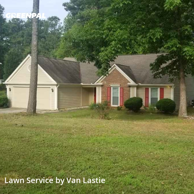 Yard Cuttingin Jonesboro,30238,Lawn Mowing Service by Last Crew Lawncare, work completed in Sep , 2020
