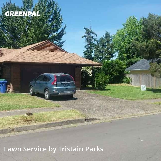 Grass Cutin Eugene,97405,Lawn Maintenance by Parks Lawncare, work completed in Aug , 2020