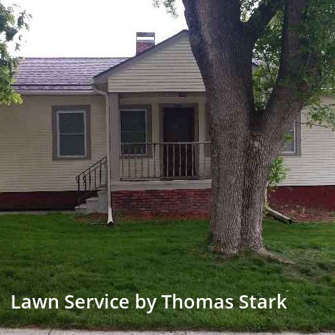 Grass Cutin Des Moines,50312,Lawn Care Service by Thomas Lawn Care , work completed in Aug , 2020