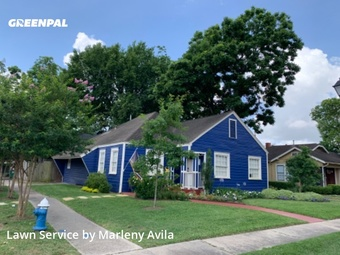 Lawn Maintenancein Houston,77008,Lawn Mowing Service by Simply Mowed Service, work completed in May , 2020