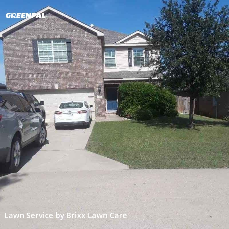 Lawn Carein Newark,76071,Yard Cutting by Brixx Lawn Care, work completed in Sep , 2020