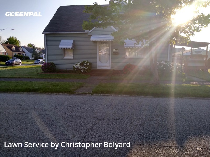 Grass Cuttingin Maple Heights,44137,Yard Mowing by B&B Trading Post Llc, work completed in Sep , 2020