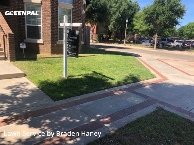 Lawn Mowing Servicein Lubbock,79401,Lawn Maintenance by Affordable Lawn Care, work completed in Aug , 2020