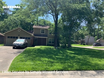 Lawn Servicein The Woodlands,77380,Grass Cutting by Simply Mowed Service, work completed in Aug , 2020