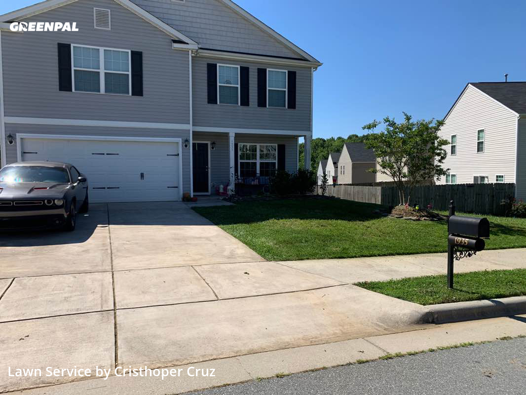 Lawn Mowin Burlington,27377,Lawn Service by Cruz Lawn Care&More, work completed in Aug , 2020