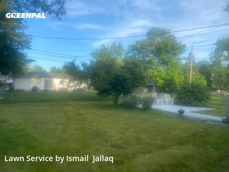 Lawn Mowing Servicein Gahanna,43230,Lawn Cut by Mj's Seasonal , work completed in Jul , 2020