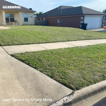 Lawn Carein Killeen,76549,Lawn Mowing Service by Cutting Edge Lawn Care, work completed in May , 2020