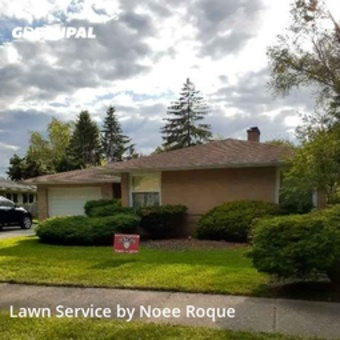Grass Cuttingin Skokie,60053,Yard Cutting by Roque Landscaping , work completed in Oct , 2020