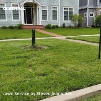 Yard Cuttingin Evanston,60201,Lawn Maintenance by Top Shelf Lawncare , work completed in Sep , 2020