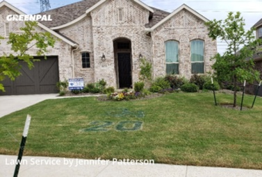 Lawn Cuttingin Roanoke,76262,Lawn Mow by Jenni's Green Team, work completed in Sep , 2020