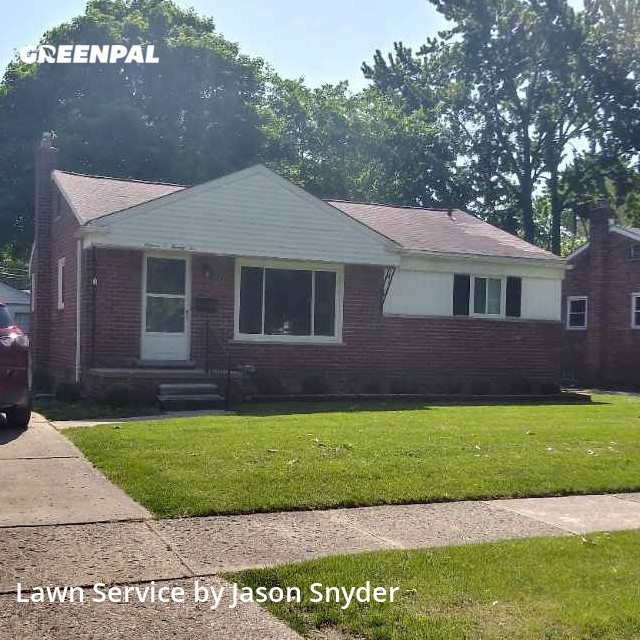 Yard Cuttingin Livonia,48150,Lawn Maintenance by Jj's Yard Ninjas, work completed in Jul , 2020