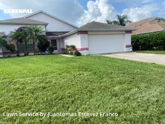 Lawn Carein Kissimmee,34743,Lawn Mowing by Estevezlawnservices, work completed in Aug , 2020