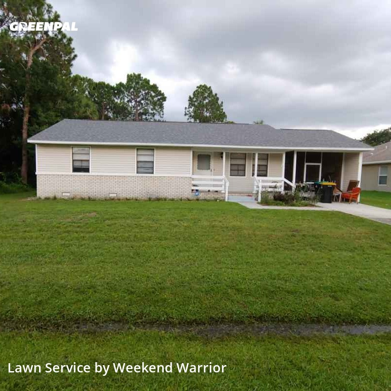 Lawn Cuttingin Palm Bay,32907,Lawn Maintenance by Weekend Warrior , work completed in Sep , 2020