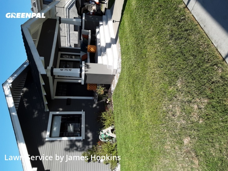 Lawn Care Servicein Long Beach,90814,Lawn Cut by Hoosier Heroes , work completed in Sep , 2020