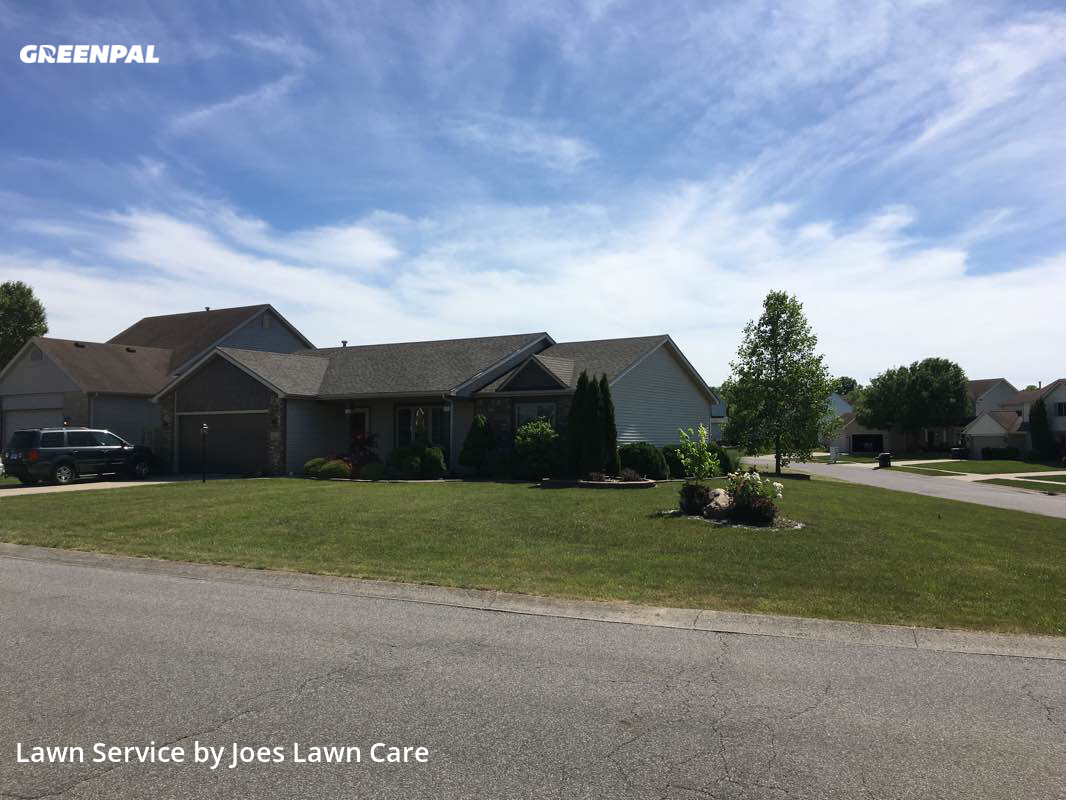Lawn Maintenancein Fort Wayne,46804,Lawn Mowing by Joes Lawn Care, work completed in Oct , 2020