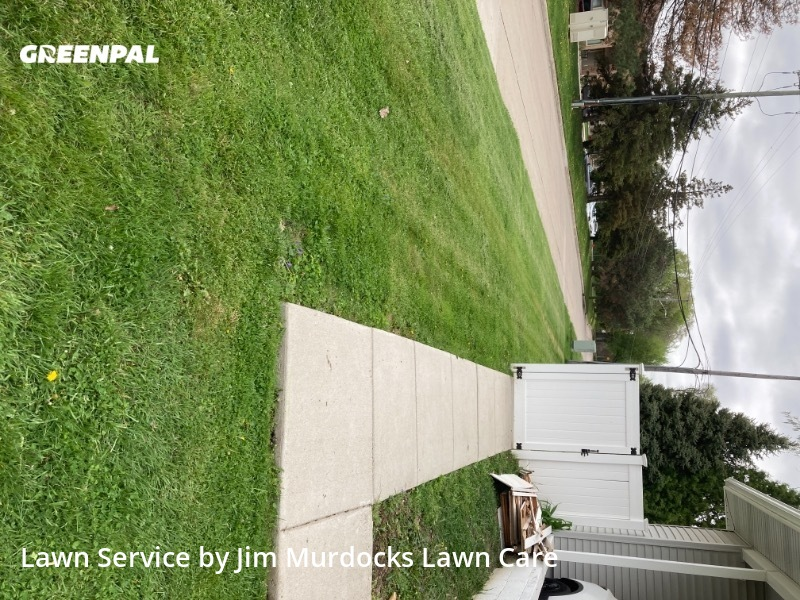 Lawn Mowing nearby Warren, MI, 48092