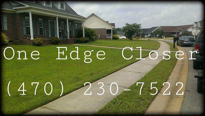 Yard mowing company in Snellville, GA, 30078