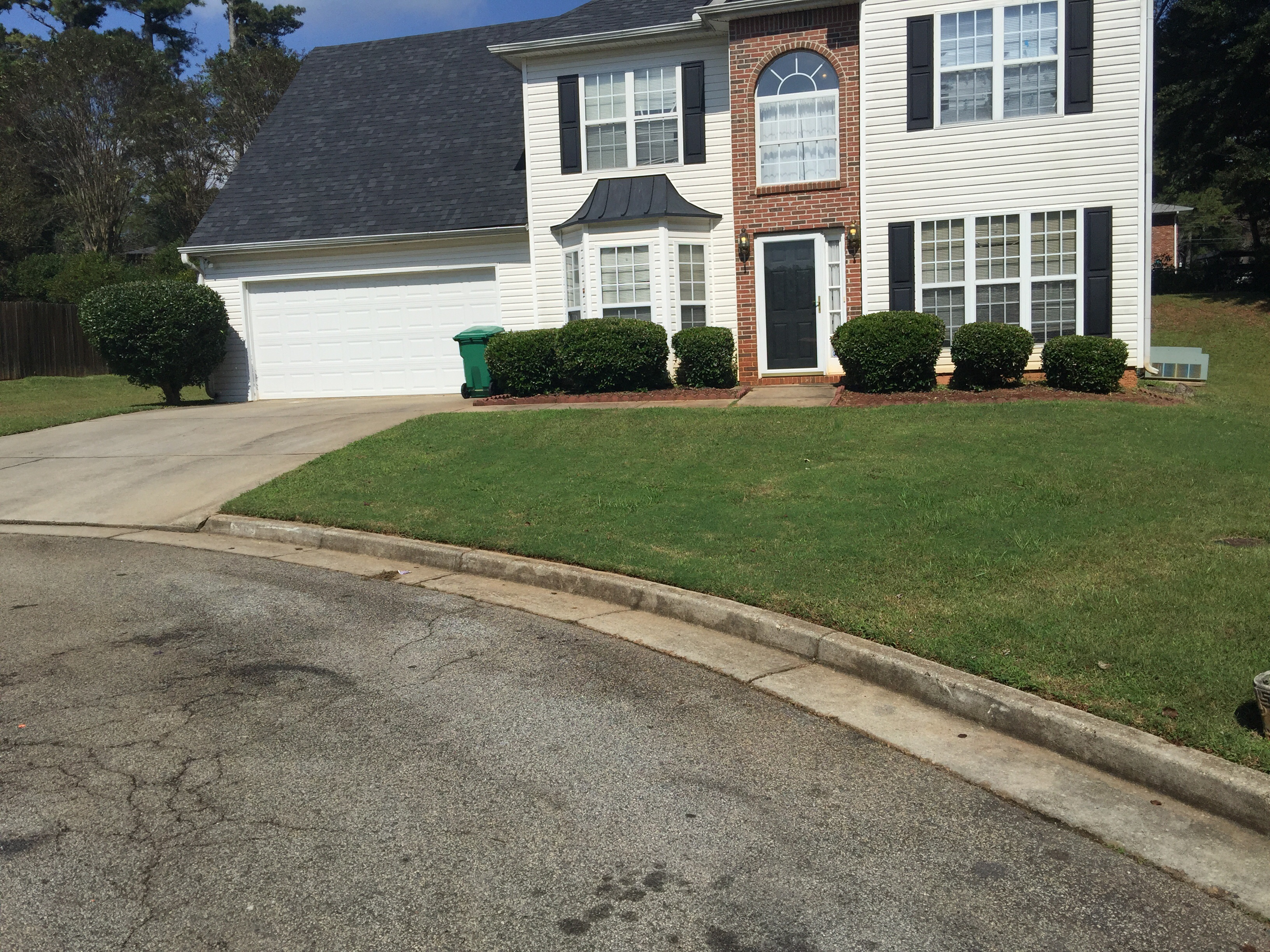 Yard mowing company in Decatur , GA, 30034