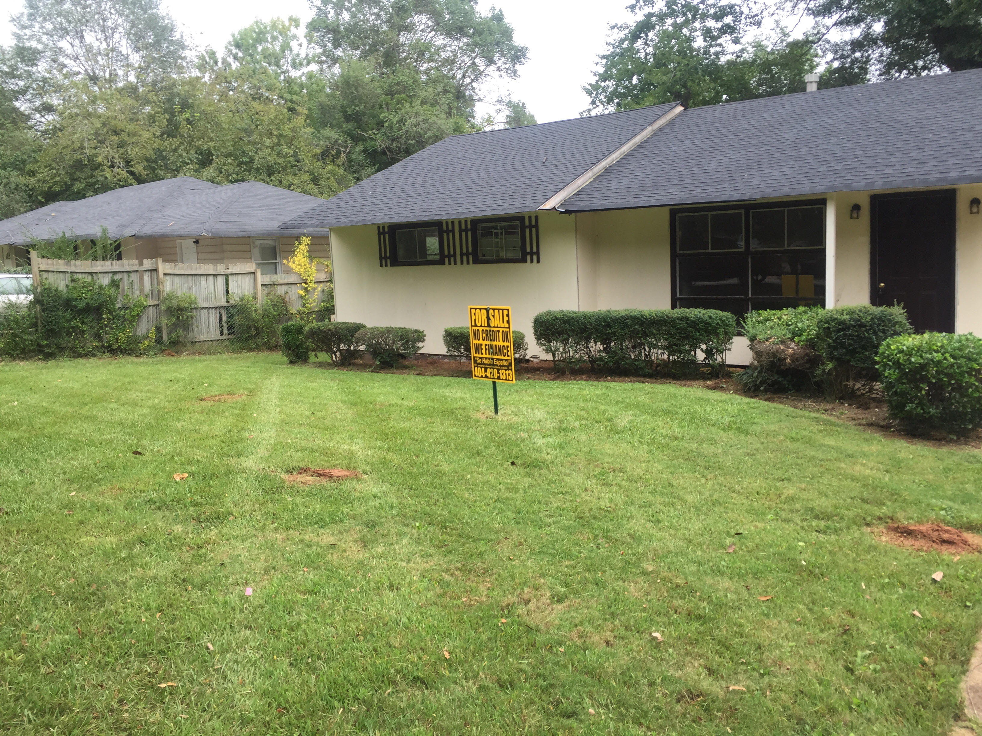 Yard mowing company in Lawrenceville, GA, 30043