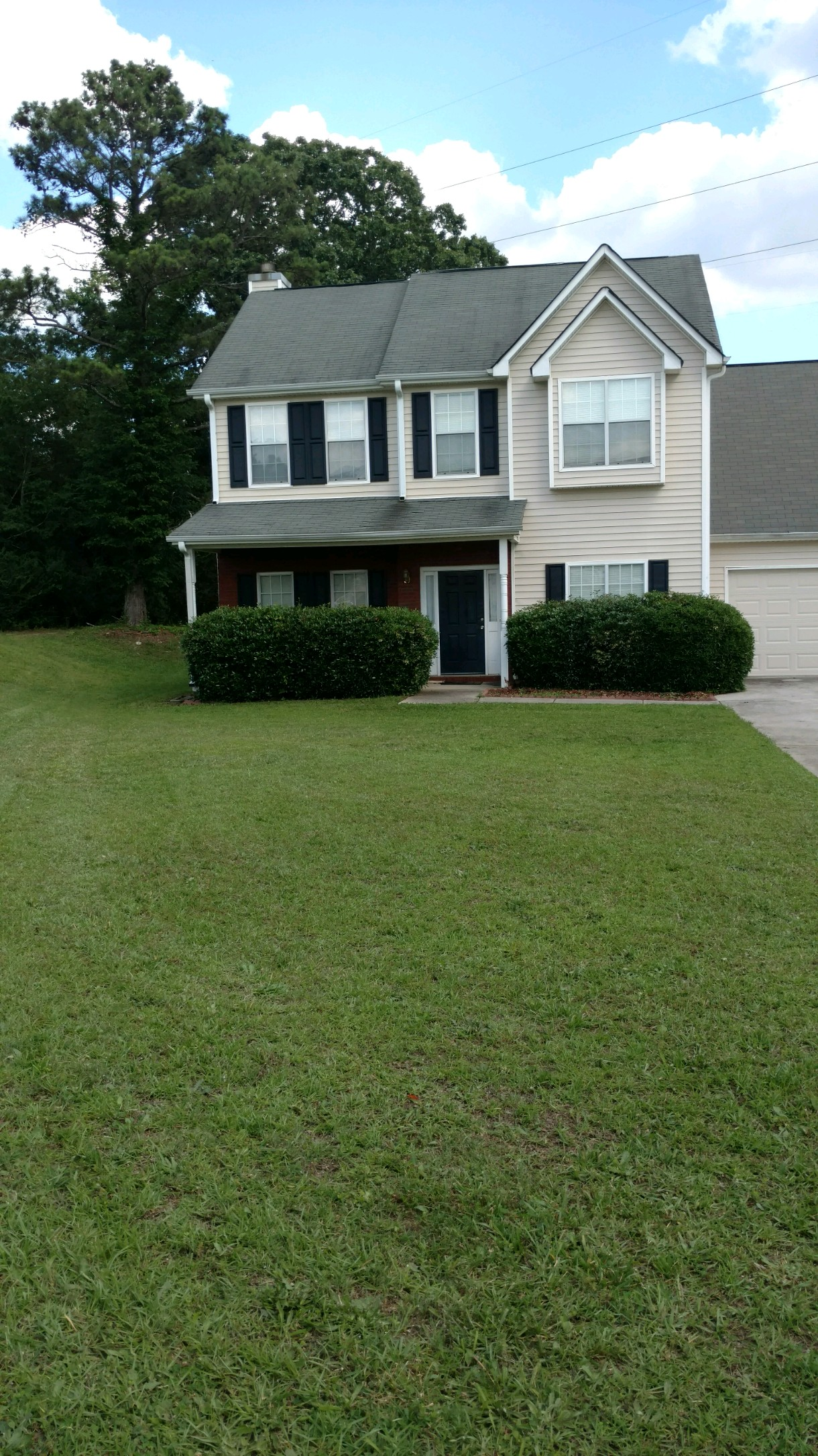 Yard mowing company in Griffin, GA, 30295
