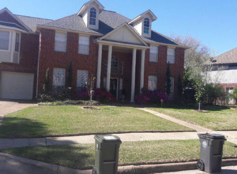 Yard mowing company in Houston, TX, 77083