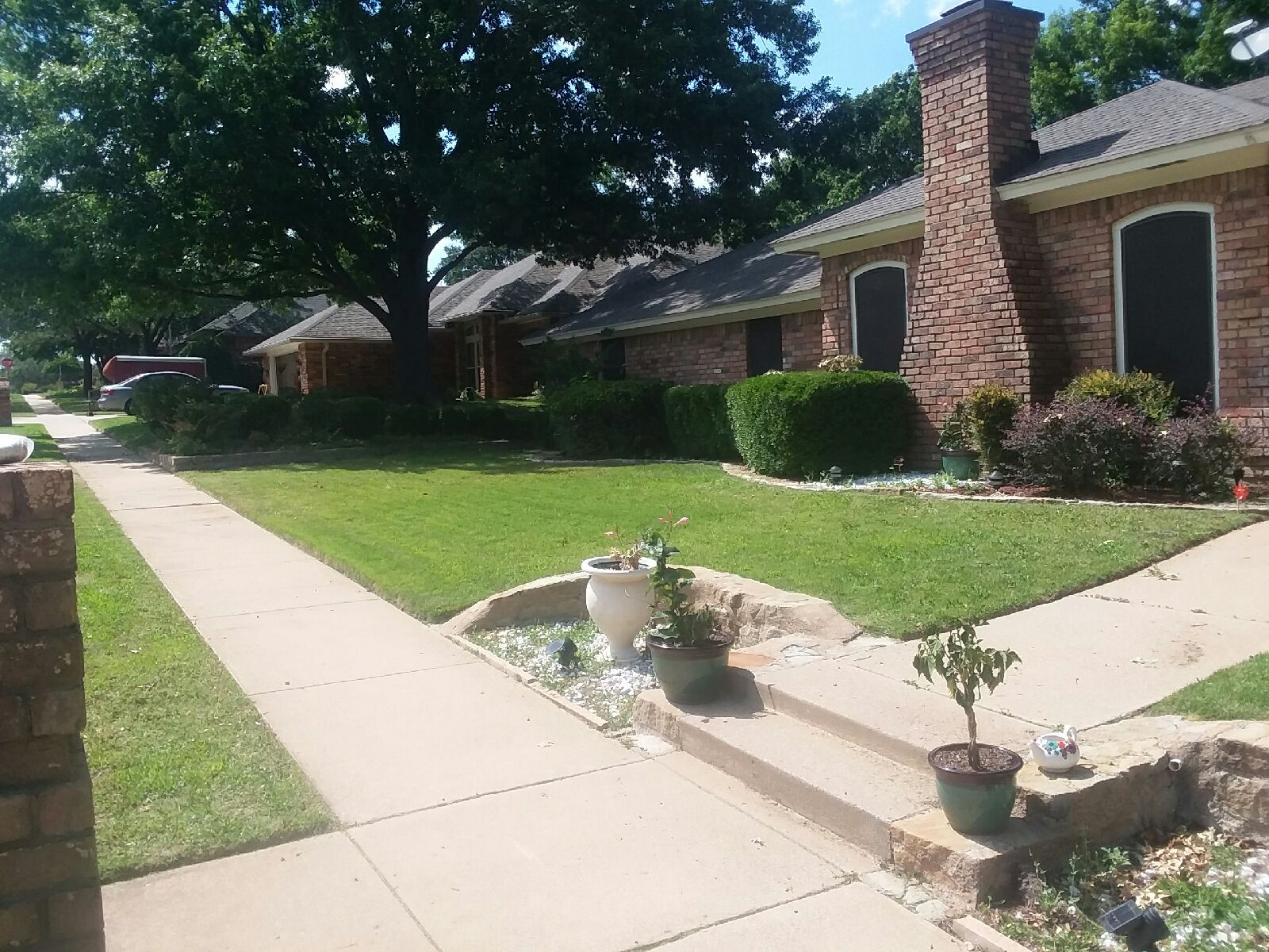 Yard mowing company in Bedford, TX, 76021